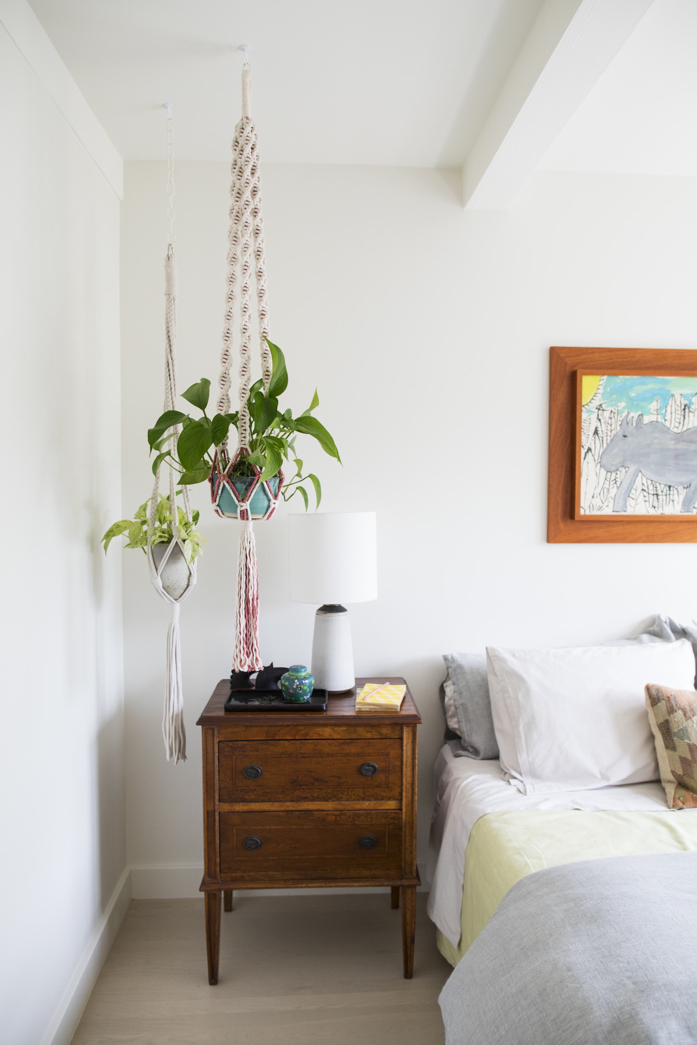 Love Bedside Styling with #plants - design addict mom