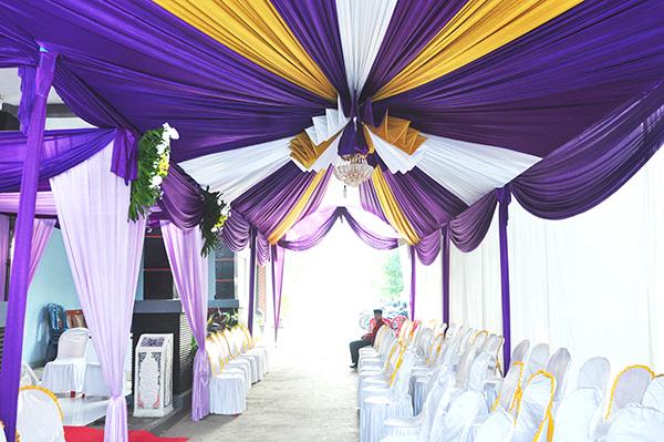 dekorasi tenda VIP pernikahan di rumah