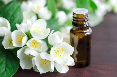 Phương pháp sử dụng tinh dầu hoa nhài hiệu quả