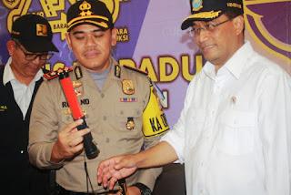 Menteri Perhubungan Meninjau Posko Angkutan Lebaran Di Kota Cirebon