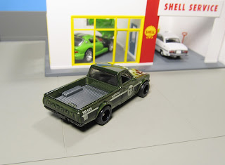Hot Wheels Super Treasure Hunt Datsun pickup truck