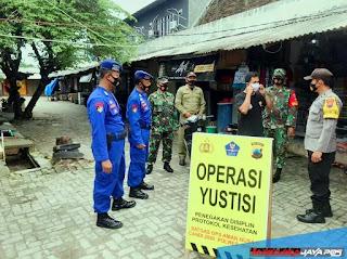 PPKM Pulau Karimunjawa Petugas Gabungan Gelar Operasi Yustisi