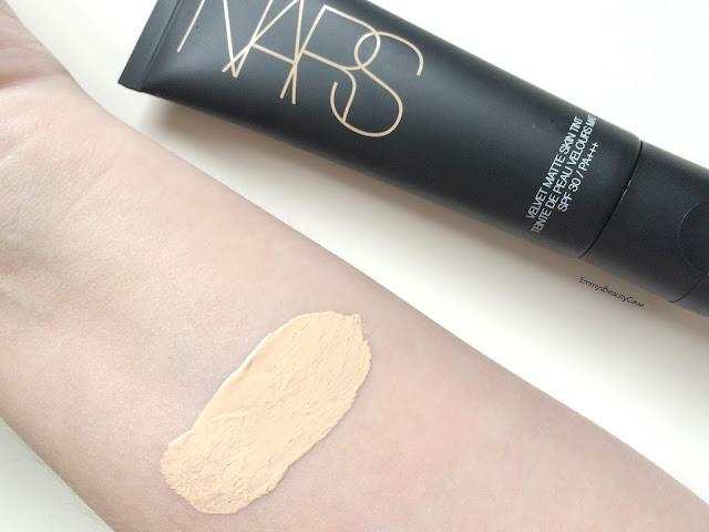 NARS Velvet Matte Skin Tint Review, NARS Velvet Matte Skin Tint Terre-Neuve Swatch