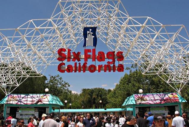 Veja onde comprar os ingressos do Six Flags Califórnia