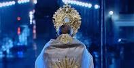 Il momento in cui Papa Francesco, la sera del 27 Marzo 2020 ha benedetto il mondo con il Santissimo Sacramento