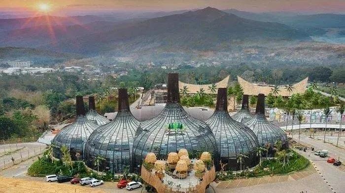 Indahnya Dusun Semilir Eco Park di Semarang Yang Instagramable. Yakin Gak Mau Kesini?