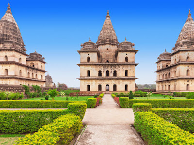 Chaturbhuj Temple in Orchha