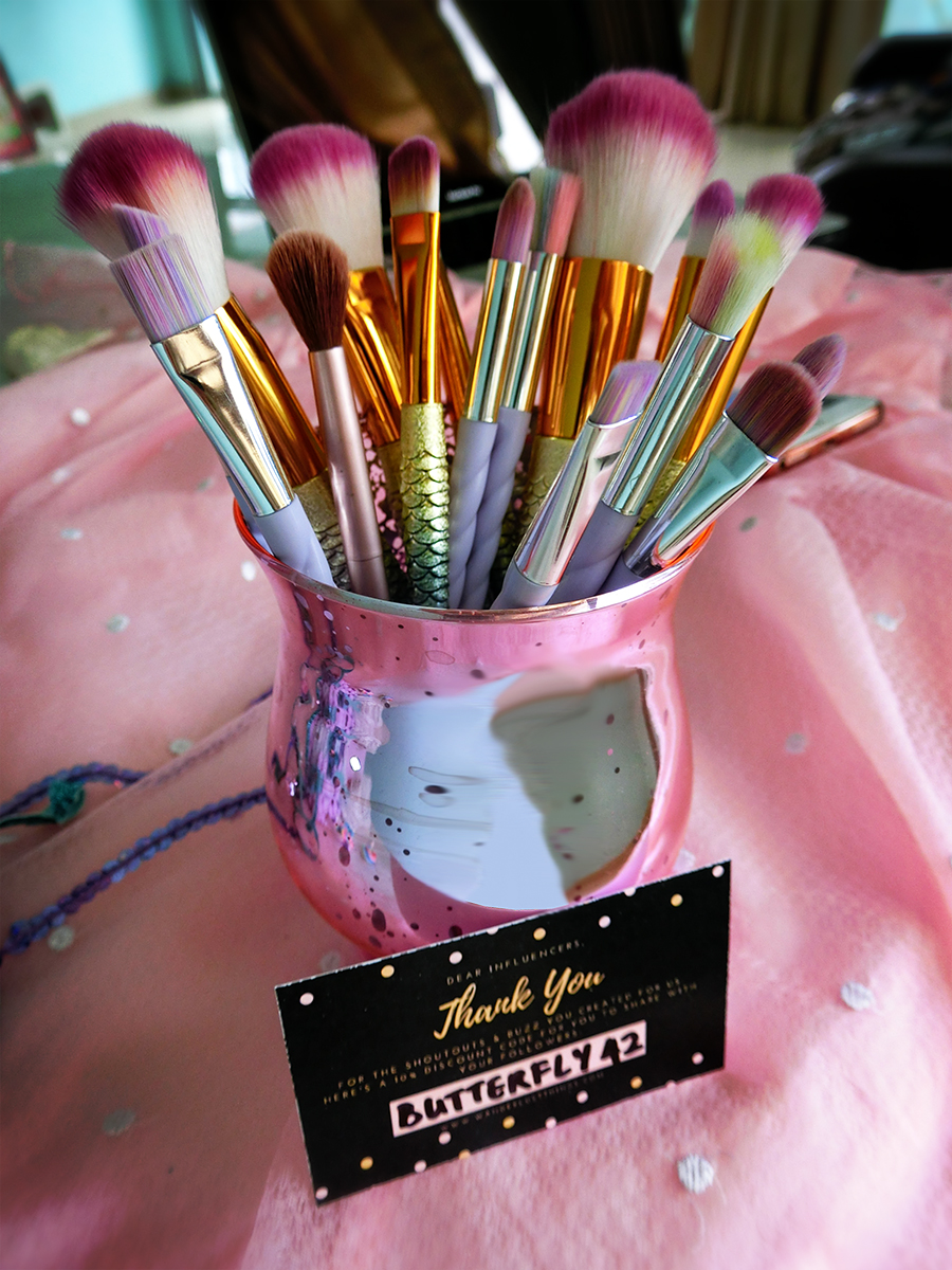 Makeup jar brush holder
