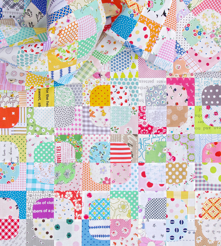 Red Pepper Quilts: 99 Squircles