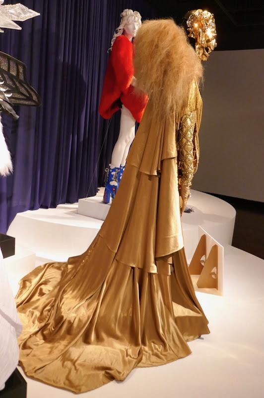 Rumor Willis The Masked Singer Lion costume cloak