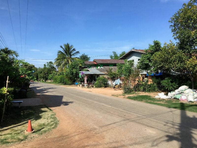 Asuminen Thaimaassa