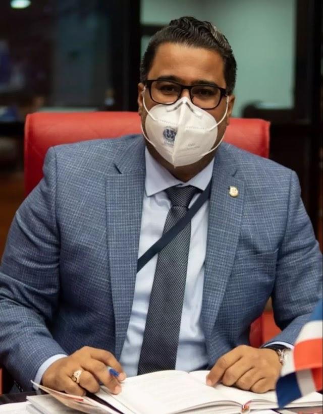 Franklin Rodríguez agradece a ministros por apoyo brindado a San Cristóbal; pide a Obras Públicas cumplir con lo prometido