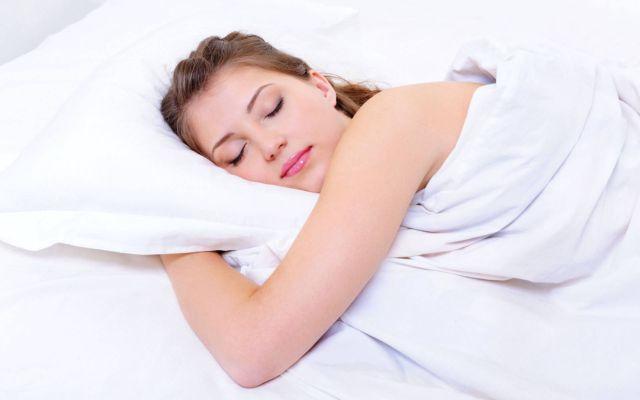 रात को सोते वक्त लड़कियां सोचती है ऐसी गुप्त बातें