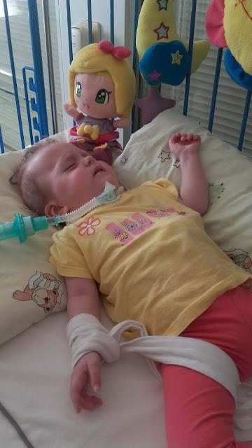 malá Katka s tracheotómiou