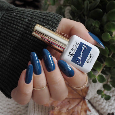 Nails Company Charming