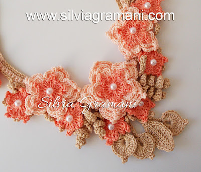 Colar Mistral Flower