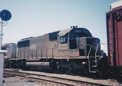 Illinois Central SD40-2 #6101 in Vancouver, Washington, in June 1998.