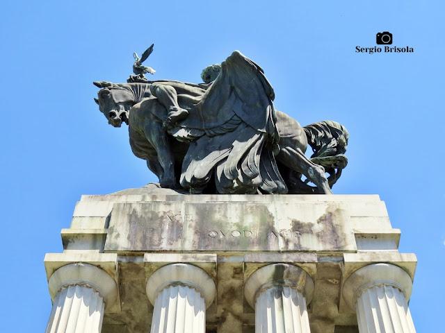 Monumento a Ramos de Azevedo (inscrição 1) - Descubra Sampa