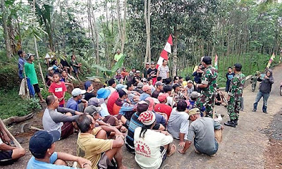 Rapat Mensukseskan TMMD Juga Digelar di Tengah Jalan
