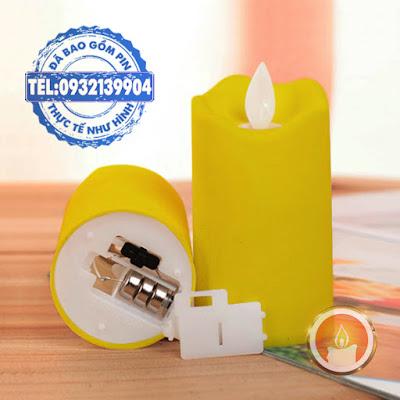 Đèn cầy pin mini màu vàng tim đèn dao động