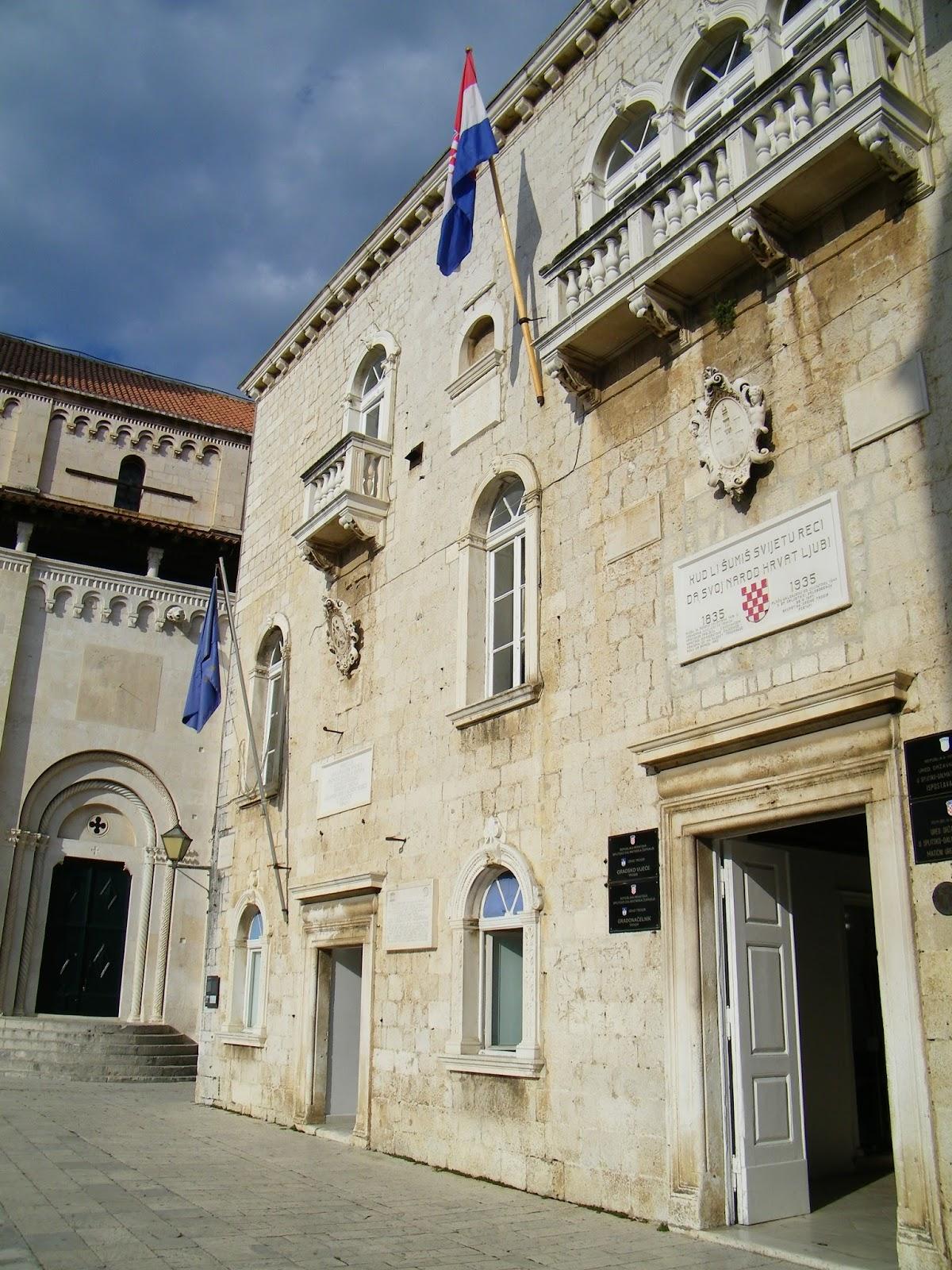 Trogir - Ratusz