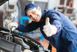 En España trabajan, de media, 4,15 mecánicos por taller.