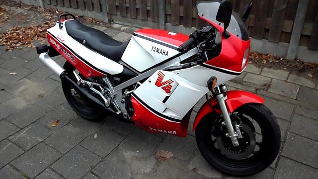 Yamaha RD500LC HD Pics