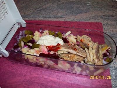 """23 февраля, блюда """"Сфера"""" салат с рыбой, блюда на 23 февраля, для детей, для мужчин, для футболистов, коллекция рецептов, коллекция салатов, оформление блюд, оформление салатов, рецепты, рецепты спортивные, салат с помидорами, салат с рыбой, салат с сардинами, салаты """"Футбол"""", салаты """"Футбольный мяч"""", салаты на 23 февраля, салаты спортивные, салаты фигурные, сардины, советы кулинарные, спорт, футбол, футбольное поле, футбольный мячсалат футболист, салат футбол, салат футбольное поле, салат для футболиста, салат футбольный, салат футбольный мяч рецепт с фото, салат футбольное поле рецепт с фото, как сделать салат в форме мяча, как сделать салат в виде футбольного поля, идеи салатв футбол, салат футбол идеи, салат футбольное поле идеи, Салаты ФУТБОЛ: варианты рецептов и идеи оформления., футбол, футбольное поле, футбольный мяч, спорт, для футболистов, для детей, для мужчин, салаты спортивные, салаты """"Футбол"""", салаты """"Футбольный мяч"""", коллекция рецептов, коллекция салатов, рецепты спортивные, салаты на 23 февраля, 23 февраля, блюда на 23 февраля, оформление салатов, салаты фигурные, рецепты, советы кулинарные, оформление блюд, блюда """"Сфера"""" салат с морковью"""