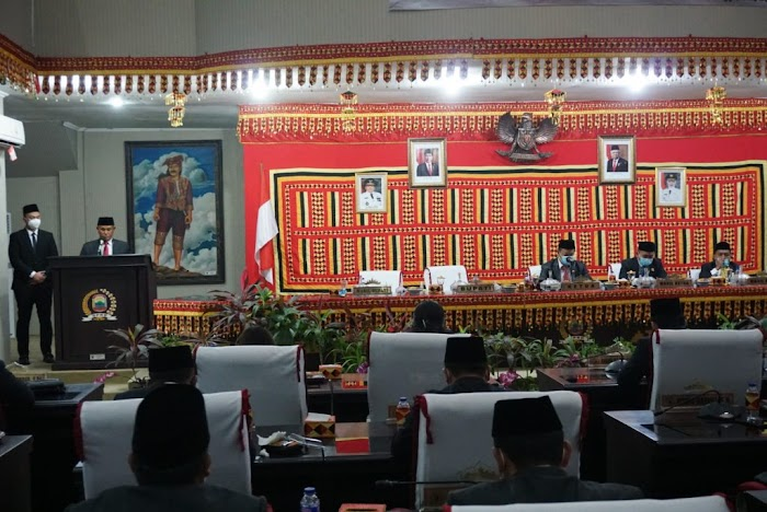DPRD Lamsel Gelar Paripurna Mendengarkan Pidato Bupati Terpilih