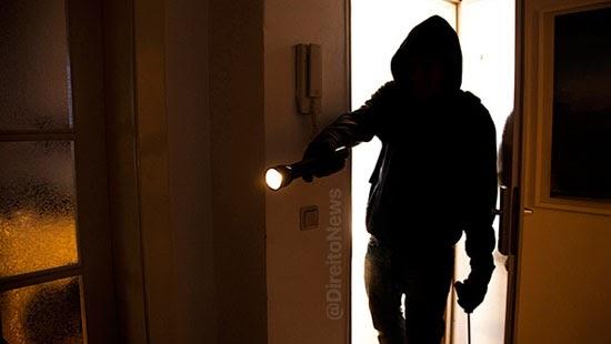 condominio negligenciou seguranca indenizar proprietarios assaltados