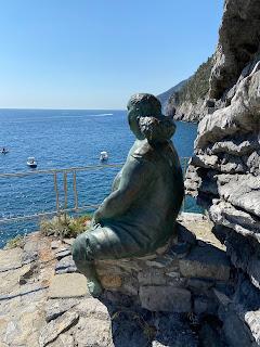 Mater Naturae (1989) - Raffaele Scorzelli - staring at the sea - Porto Venere, Italy