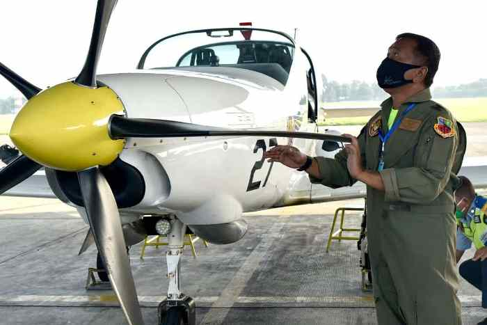 Latihan terbang TNI AU