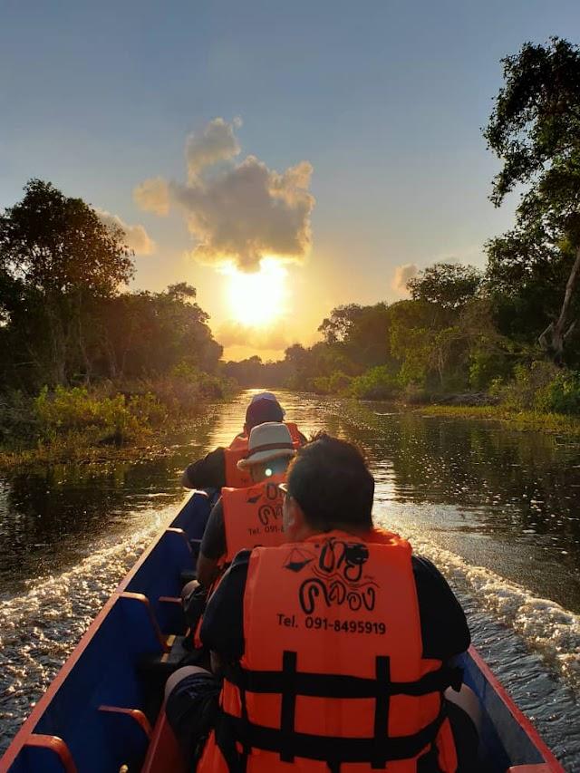 Thailand | Indahnya pagi di Thale Noi, Phattalung