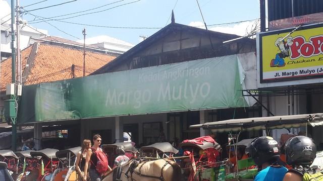 Angkringan Terdekat dari Kawasan Wisata Malioboro Jogja