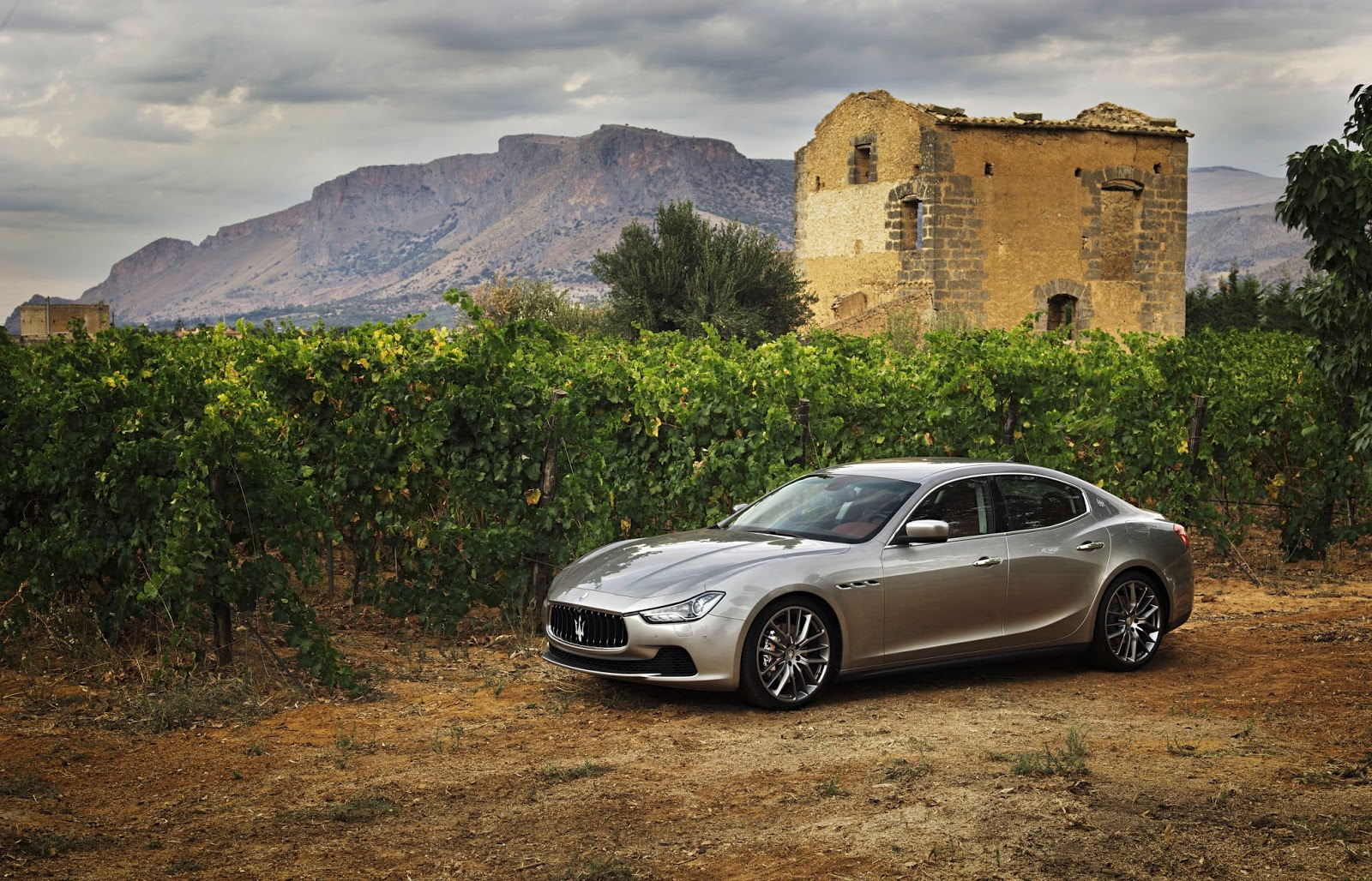 565c41b5ee742 Τα πάντα για το πρώτο SUV της Maserati autoshow, Maserati, Maserati Ghibli, Maserati Ghibli S, Maserati Ghibli S Q4, Maserati GranTurismo, Maserati Levante, Maserati Levante S, Maserati Quattroporte, zblog