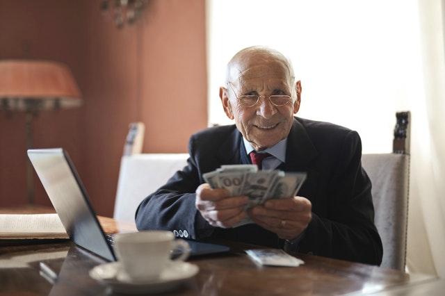 7 Bisnis Ini Dapat Mengatasi Masalah Finansial Anda Pasca Pensiun