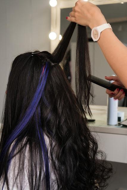 Extensions de paillettes pour cheveux: comment les mettre facilement à la maison