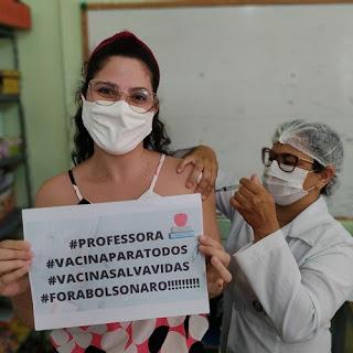 Em Picuí, trabalhadores da educação recebem a 1ª dose da vacina contra a covid-19