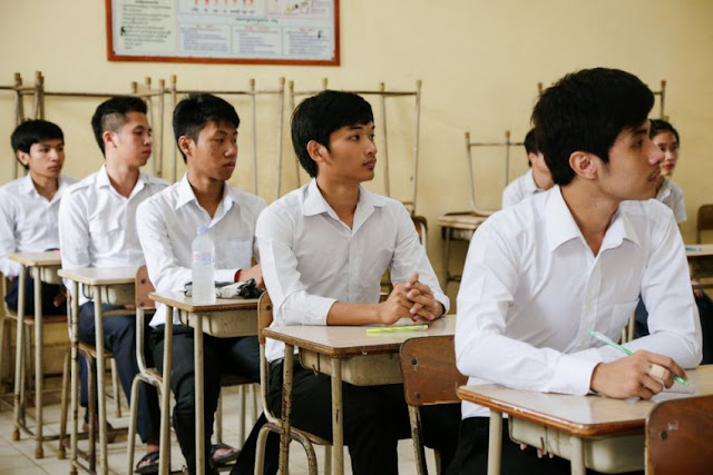 Students at Phnom Penh's Sisowath High School prepare to take a test last year. Hong Menea