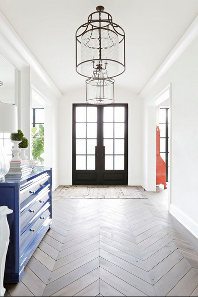 Chevron floors in home decor entryway