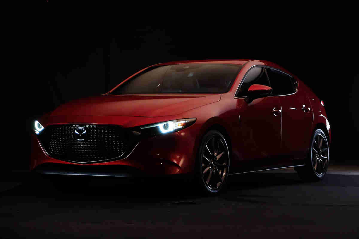 I Tried Doing Studio Photography With The Mazda3 And Failed