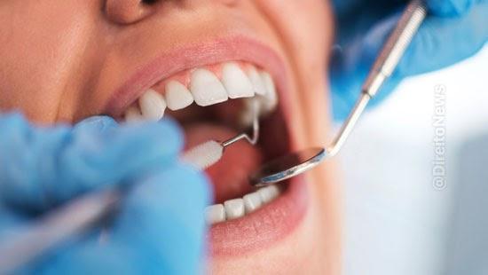 clinica odontologica indenizara paciente extracao dentes
