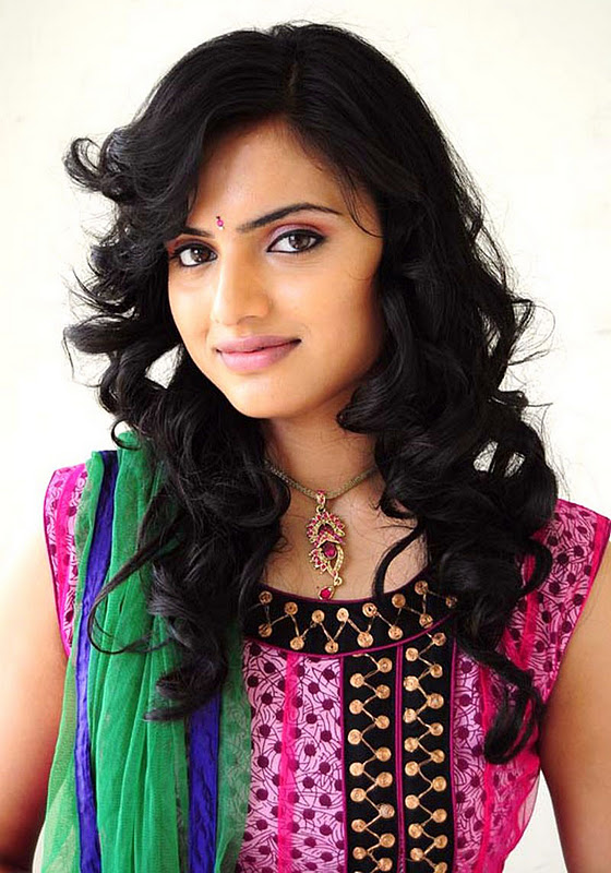 Ritu Kaur Hot Stills, Ritu Kaur Hot Navel Show Photos