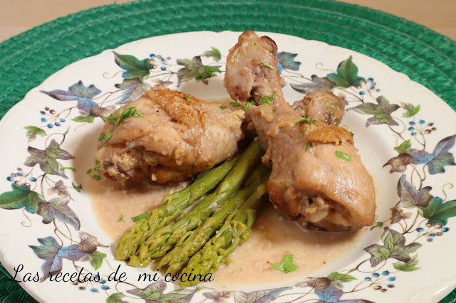 Pollo con yogur y nueces