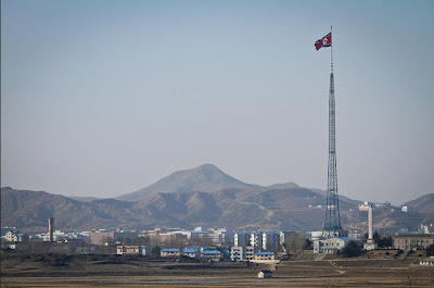 Tiang Bendera di Korea Utara - Sekitar Dunia Unik