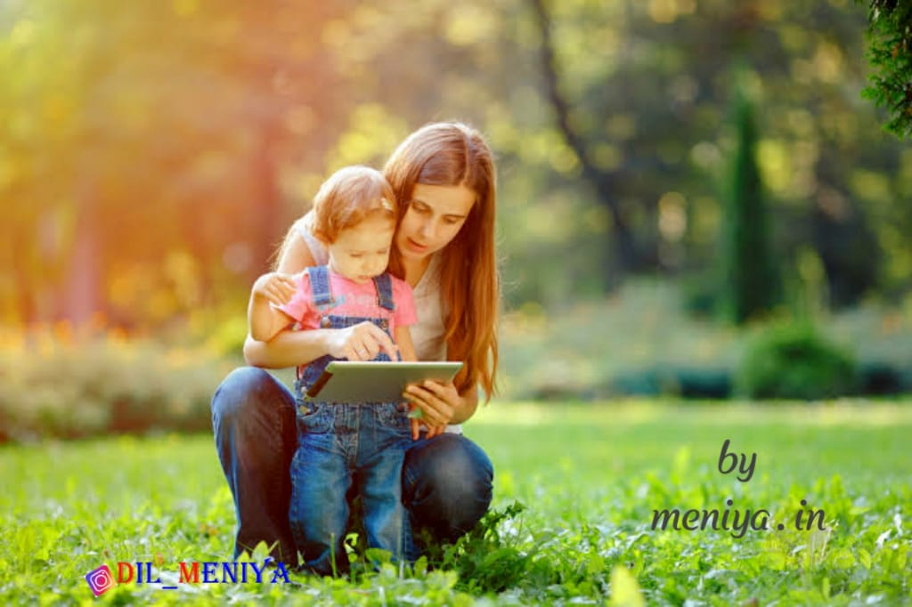 Happy family status in Hindi and English – WhatsApp quotes with images