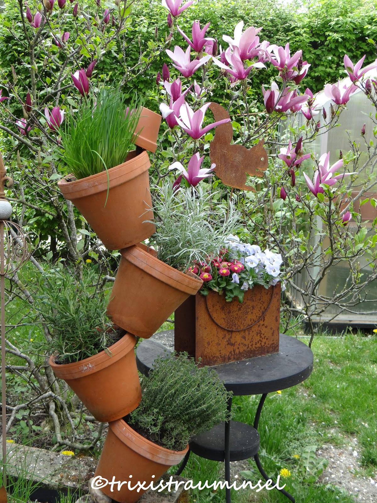 Bärbel bloggt: Kräuterturm für Garten oder Balkon