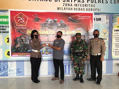 Polres Lotim Hadiahkan SIM Gratis ke TNI