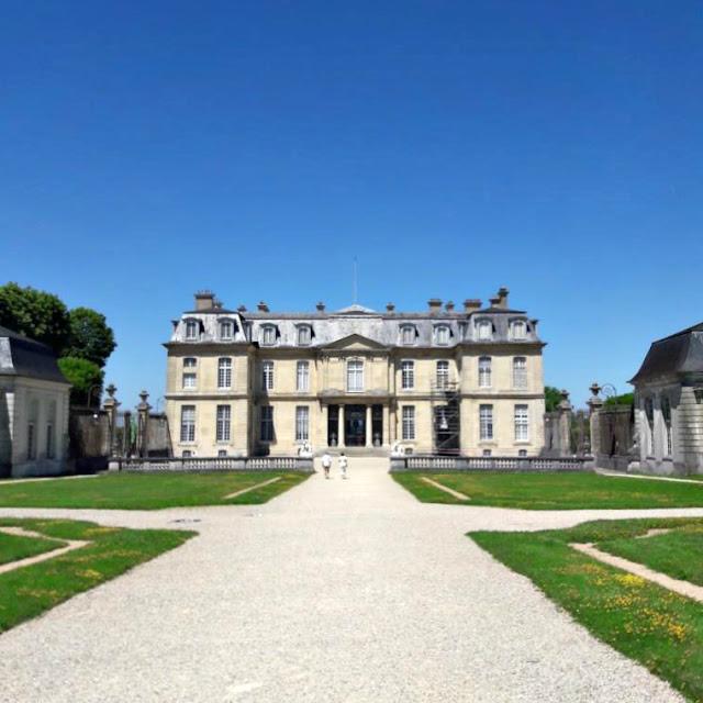 Château Champs sur Marne Ile de France Seine et Marne CMN Centre des Monuments Nationaux 18e siècle monument historique