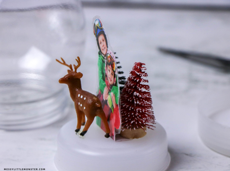 How to make a snow globe with picture